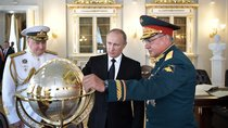 Vladimir Putin at Navy Day with Defense Minister and Admiral