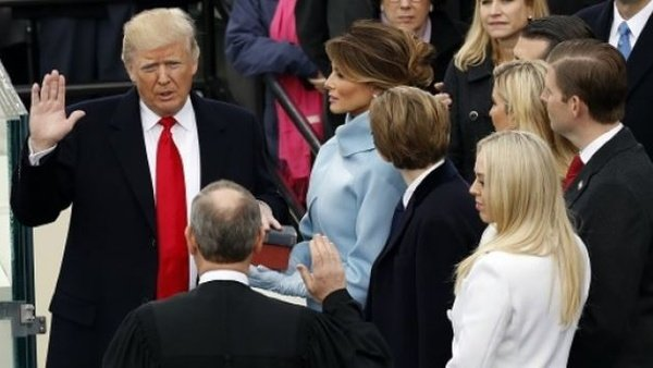 Donald Trump is sworn in as the forty-fifth president of the United States. (Reuters/Kevin Lemarque)